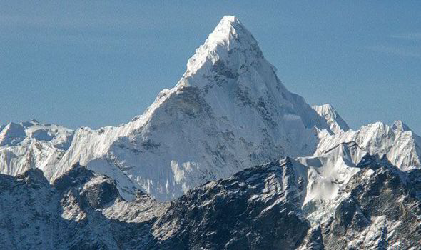 True Facts About Mount Everest Mount Everest in Nepal